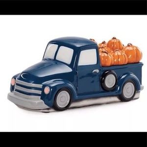 Scentsy Pumpkin Delivery Truck New
